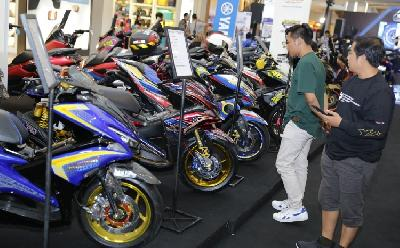 CustoMAXi Solo: Modifikator Tampilkan Model Techno hingga Balap