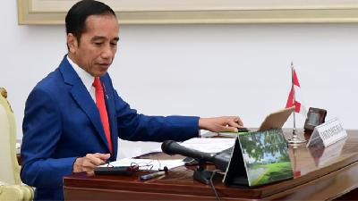 Jokowi Wants Intl Arrivals Policy Be Evaluated over Coronavirus