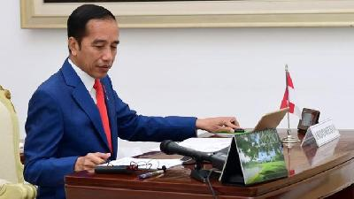 Jokowi Bans State Officials from Going 'Mudik'