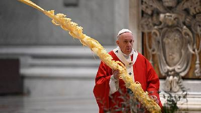 Pope Francis Opens Holy Week amid Coronavirus Pandemic