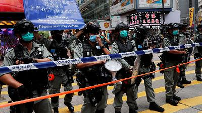 Hong Kong Police Fire Water Cannon at New Security Law Protestors