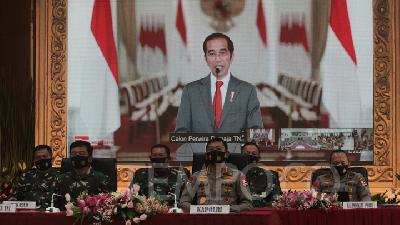 Jokowi Calls on Ministers to Switch to Extraordinary Channel