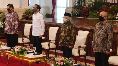 Jokowi: Bureaucracy is Trapped by Its Self-made Complex Regulations