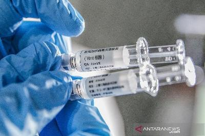 Russia Is First to Approve a COVID-19 Vaccine