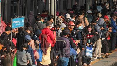 Jakarta Still in First Wave of COVID-19; Epidemiologist Slams Govt's PSBB