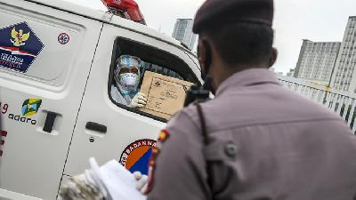 Jakarta's Confirmed COVID-19 Cases Surpass 70,000