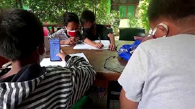 Remote Learning; Students Trade Plastic Trash to Get Internet Access