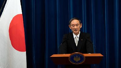 Yoshihide Suga Takes The Reins From Abe as New PM