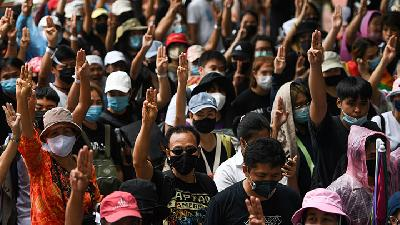 Thai Protesters Rally for Big Anti Government Demonstration