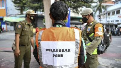 Health Protocol Violations; Police Collect IDR 1.96 Billion Fines