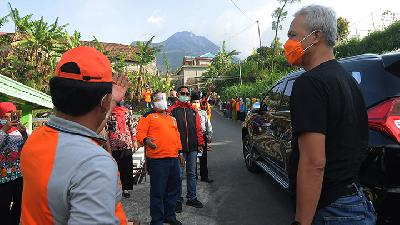 Ganjar Pranowo Calls on Residents Not to Leave Town for Year-end Holidays