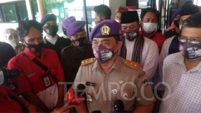 Police Summon Jakarta Deputy Riza Patria Over Mass Gathering