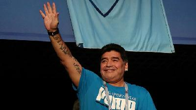 World's Soccer Legend Maradona Dies Aged 60
