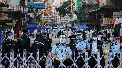Hong Kong Lockdown District for Compulsory COVID-19 Testing