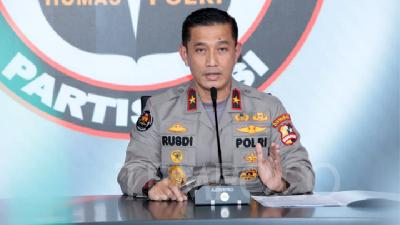 Police Dig into Relations of 12 Terrorists from East Java with Upik Lawanga