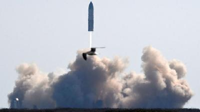 SpaceX Starship Rocket Prototype Nails Landing before it Blows Up