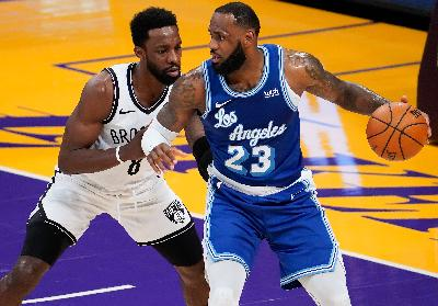 Hasil NBA: LA Lakers vs Brooklyn Nets 98-109, James Torehkan Catatan Bersejarah