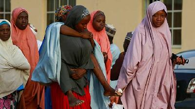 Violence Erupts As Kidnapped Nigerian Schoolgirls Return To Families