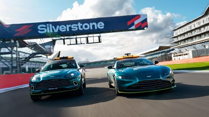 Aston Martin menjadi official safety car balap F1 musim 2021. (Aston Martin)