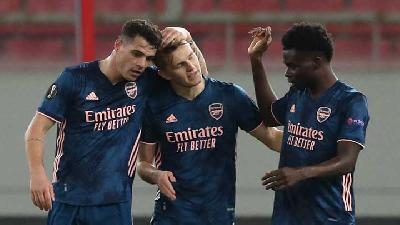 Slavia Praha Vs Arsenal 0-4, Rowe dan Saka Dipuji Legenda The Gunners
