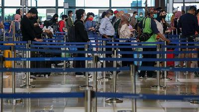 Immigration Comments on Arrival of 117 Indian Citizens in Soekarno-Hatta Airport
