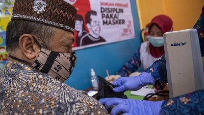 56% Senior Citizens in South Jakarta Receive Covid-19 Vaccines