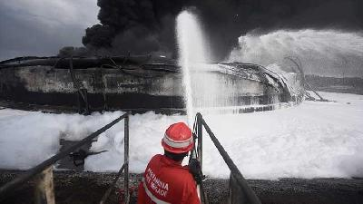 Ombudsman Calls for Review on Pertamina Assets Post Massive Fire