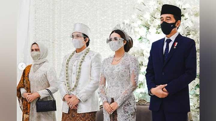 President Jokowi and First Lady Iriana attend the wedding reception of Atta Halilintar and Aurel Hermansyah. Instagram/attahalilintar