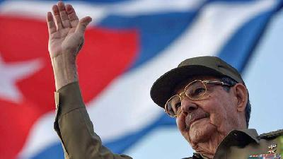 Castro Era in Cuba To End As Raul Confirms He's Retiring