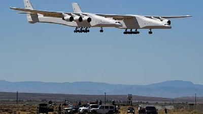 World's Largest Plane Stratolaunch's Takes 2nd Test Flight