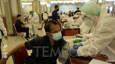 1,200 The Mandalika Workers Complete 2nd Dose Vaccination