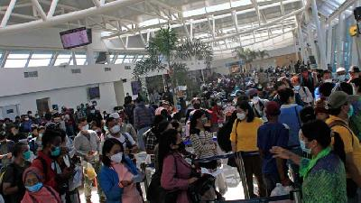 Passenger Traffic at Soekarno-Hatta Airport Ahead of Govt Ban on 'Mudik'