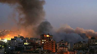Explosions Rock Gaza City After Night of Violence
